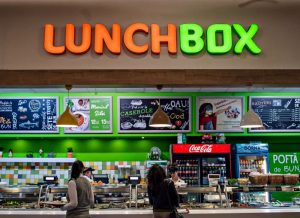Litere volumetrice, Lunch Box, PMA Invest