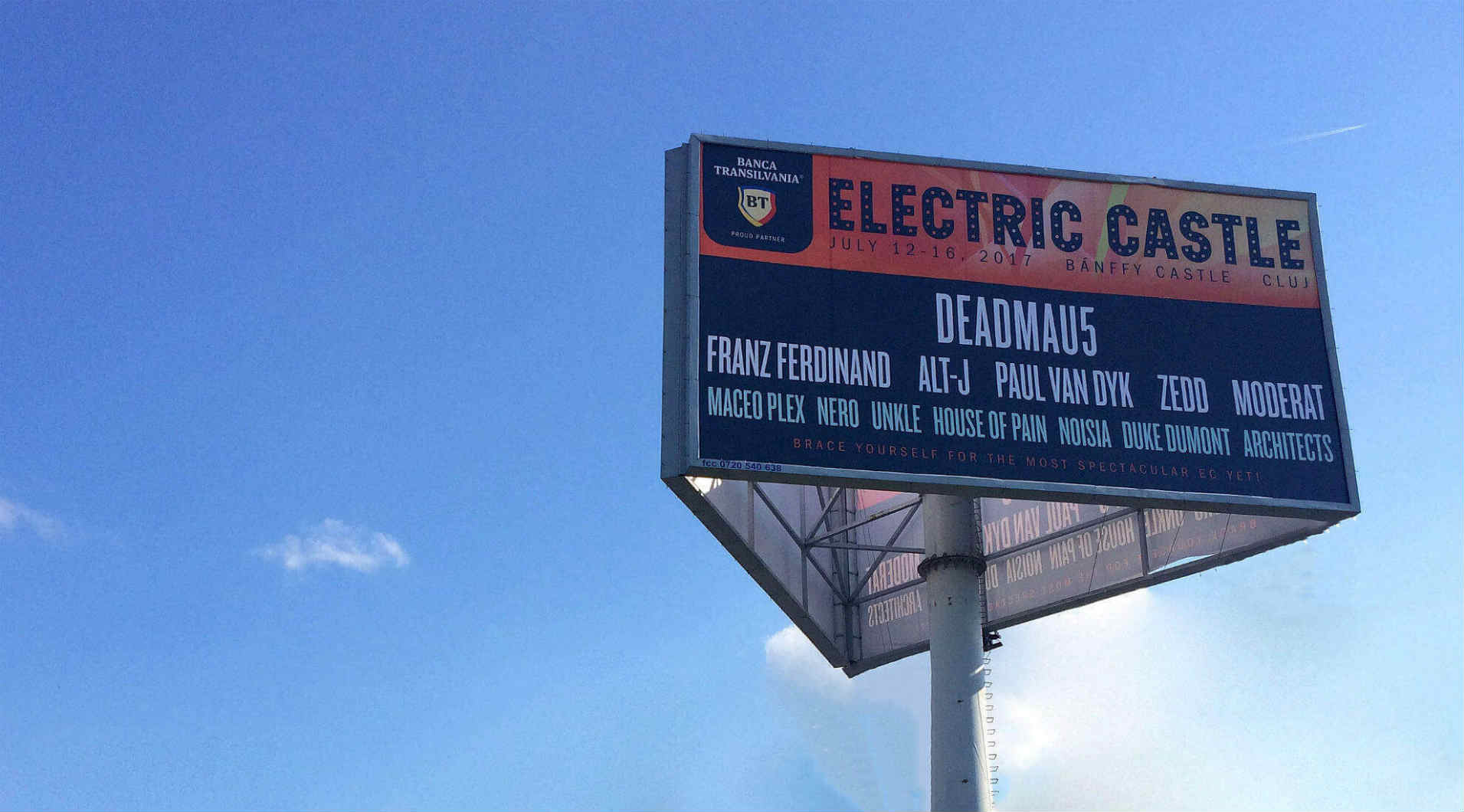 Electric Castle, Pma Invest, Pablo Sign, print outdoor